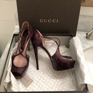 Gucci Lili platform peep toe pumps high heels